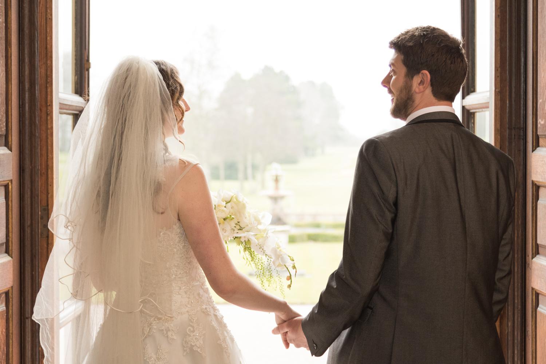 wedding couple in doorway